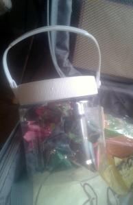 flors de paper en la maleta