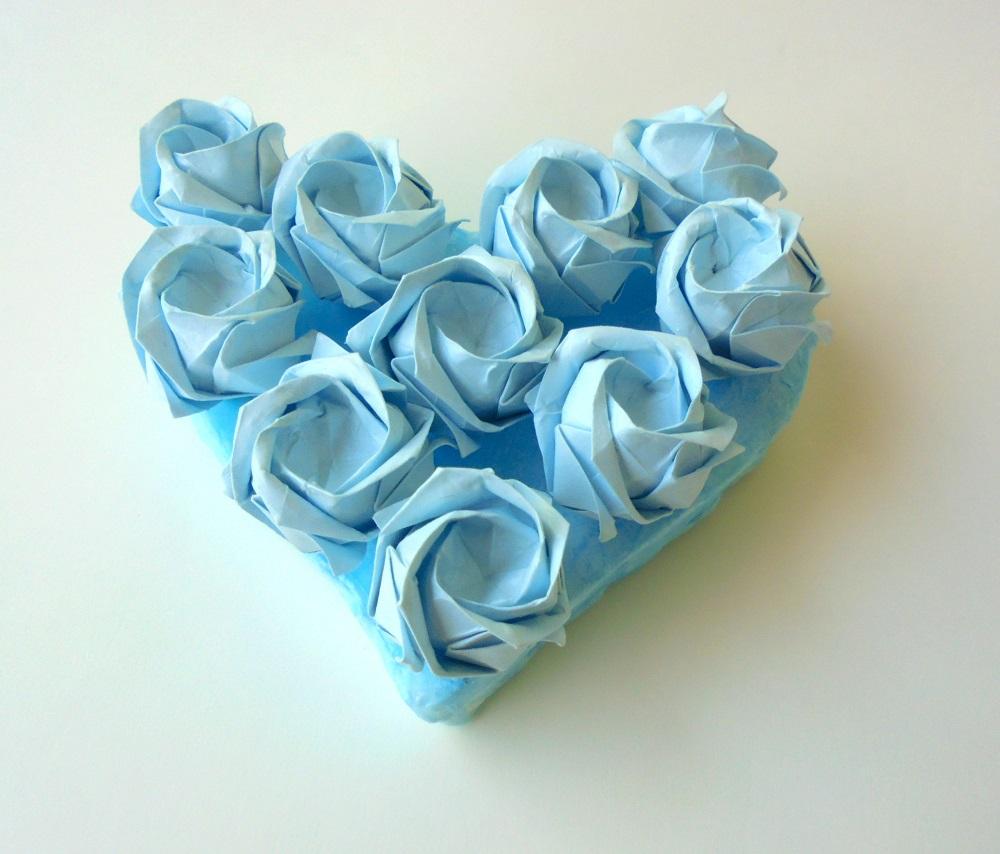 cor amb roses blaves